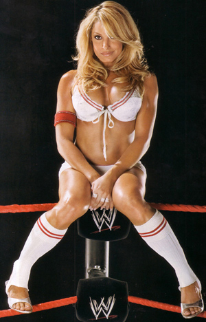 trish stratus with no clothes on